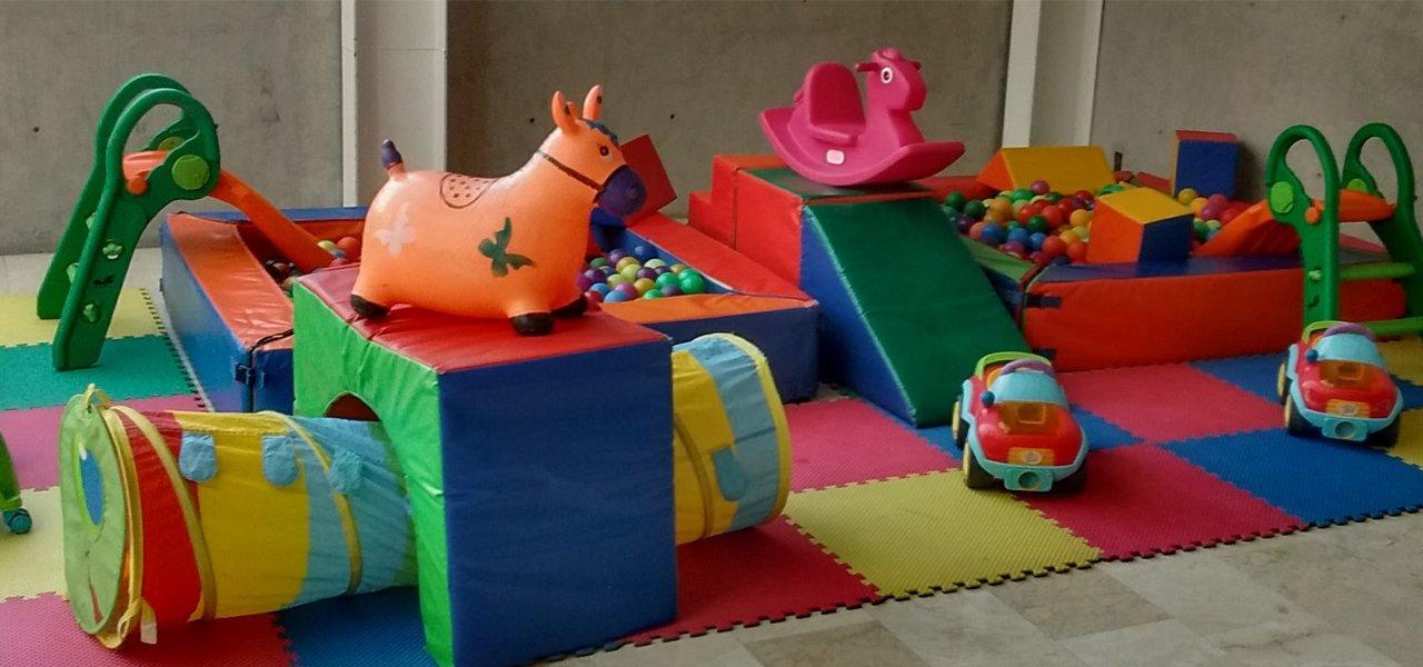 Renta de inflables renta de juegos infantiles lahormigaplay for Juegos de jardin para nios puebla