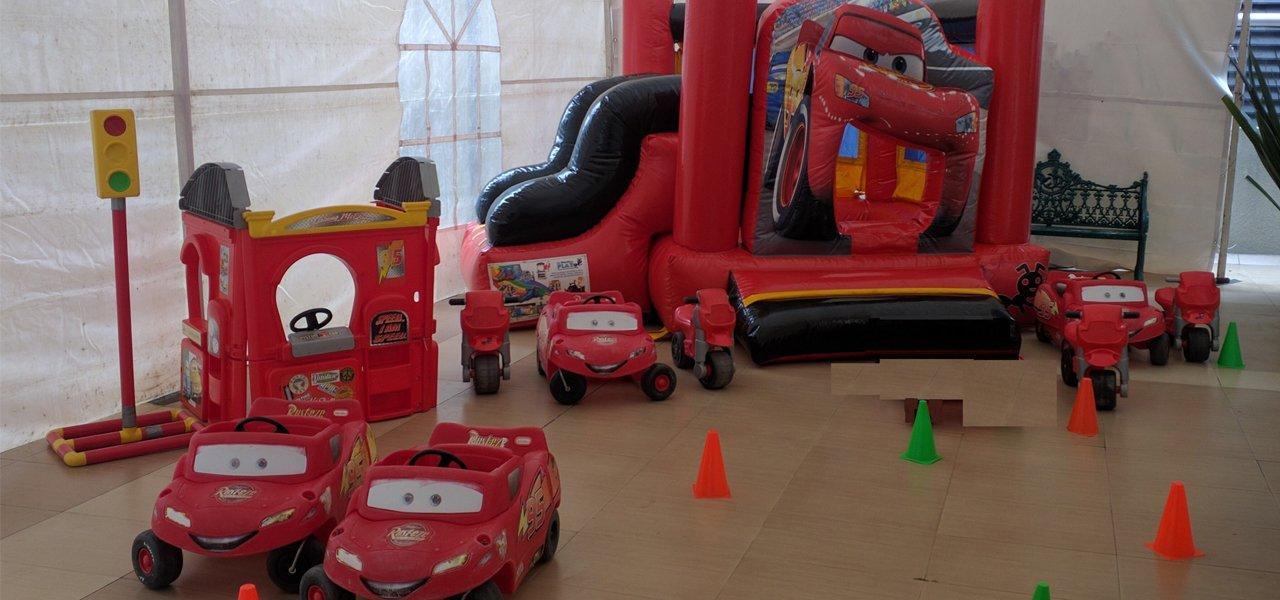 Renta de inflables Cars