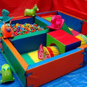 Circuito Juegos Para Niños : Juegos para divertirse en la piscina con niños dibujos